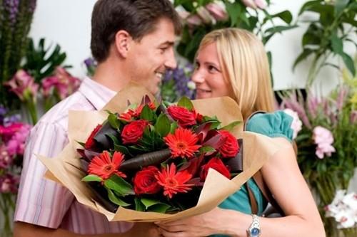 Những điều người vợ nào cũng muốn chồng làm trong ngày 20/10 - anh 2