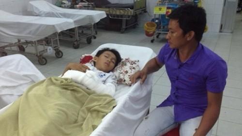 """Bản tin """"113+"""": Giáng chức giám đốc bệnh viện văng tục với phóng viên; Công an lái xe tông chết người rồi bỏ chạy - anh 8"""