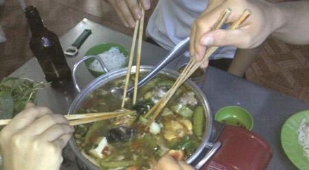 Mách bạn cách ăn uống để không bị lây nhiễm vi khuẩn gây bệnh dạ dày - anh 1