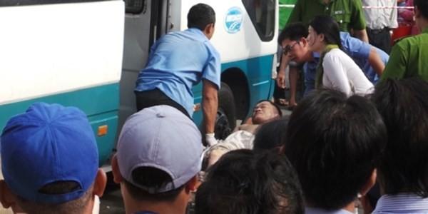 Phát hiện tài xế gục chết trên xe khách - anh 1