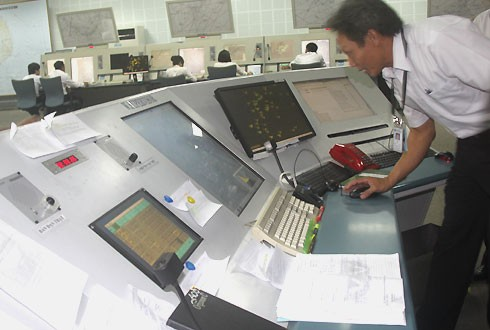 Mất kiểm soát không lưu tại sân bay Tân Sơn Nhất: Đình chỉ công tác 3 cán bộ - anh 1