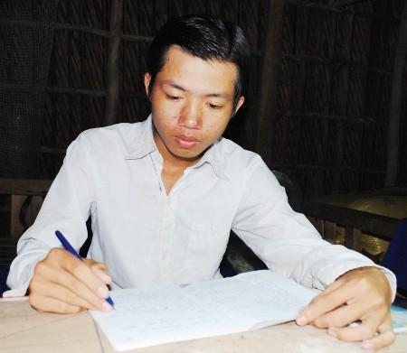 Viện KSND tỉnh Cà Mau công khai xin lỗi thiếu niên chịu án oan hiếp dâm - anh 1