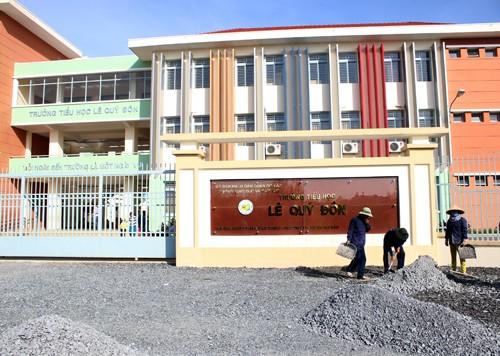 TP. HCM: Học sinh lớp 1 bị tủ trong phòng ngủ ở trường đè tử vong - anh 1