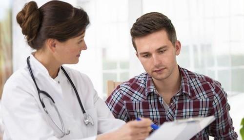 Những dấu hiệu cảnh báo sớm bệnh ung thư phổi - anh 1