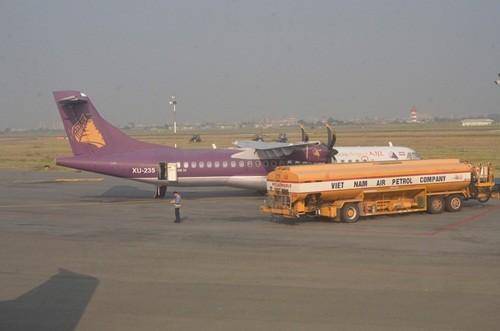 """Bản tin """"113+"""": Bắt thêm 2 nghi can trong vụ trộm xăng máy bay tại Tân Sơn Nhất; Chồng giả cướp, """"ủ mưu"""" giết vợ giữa đường - anh 1"""