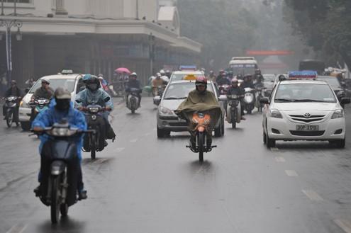 Không khí lạnh tăng cường, các tỉnh miền Bắc trời tiếp tục mưa rét - anh 1