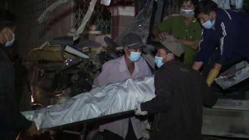Bình Thuận: 2 xe khách đấu đầu, 10 người tử vong - anh 3