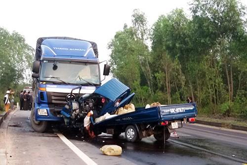 """Bản tin """"113+"""": Người đàn ông tử vong sau khi vào khách sạn với phụ nữ; Hai ôtô tải đấu đầu, tài xế và phụ xe chết kẹt trong cabin - anh 3"""