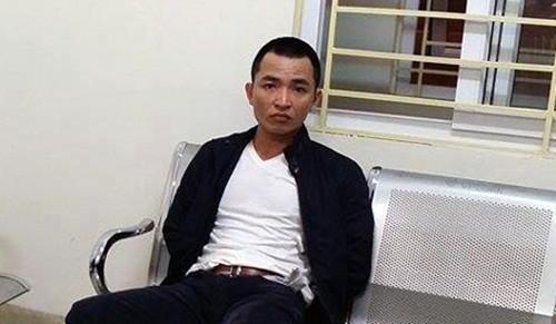 """Bản tin """"113+"""": 22 hành khách bị ong đốt vì đi vệ sinh ven quốc lộ; Ngỡ ngàng vì bạn trai giấu ma túy trong… quần lót - anh 1"""