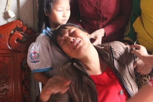 Bé trai 3 tuổi tử vong sau khi tiêm 15 phút: Gia đình yêu cầu làm rõ loại thuốc tiêm - anh 2