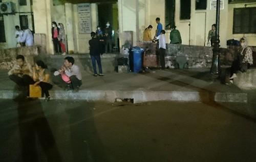 Chập điện tại BV Bạch Mai, nhiều bệnh nhân hoảng loạn tháo chạy - anh 3