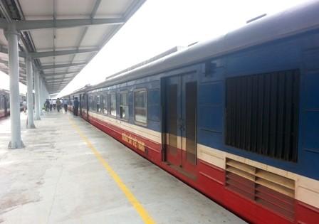 Lãnh đạo Tổng Công ty Đường sắt phản đối gay gắt việc chuyển ga Hà Nội ra khỏi nội đô - anh 1