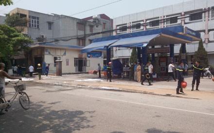 Nguyên nhân vụ cháy nổ cửa hàng gas sát cây xăng khiến 1 người tử vong - anh 1