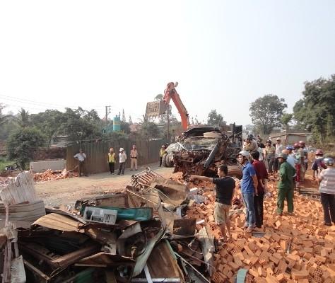 Đã xác định nguyên nhân vụ tai nạn thảm khốc 6 người chết ở Đắk Lắk - anh 1