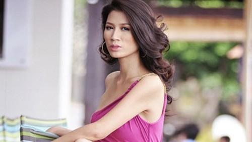 Khởi tố người mẫu Trang Trần về hành vi Chống người thi hành công vụ - anh 1
