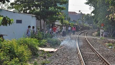 Phát hiện thi thể người đàn ông trên đường sắt Bắc - Nam - anh 1