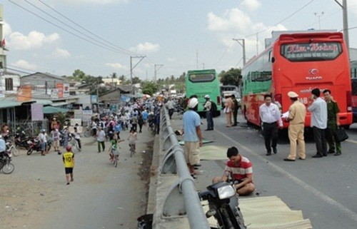 Tai nạn thảm khốc 4 người chết ở Trà Vinh: Xe khách chạy với tốc độ 121 km/h - anh 1