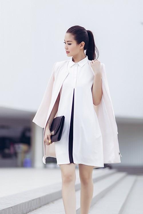 Á hậu Diễm Trang gây bất ngờ với hình ảnh gợi cảm trên phố - anh 6