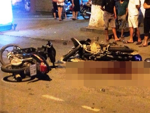 Chạy trốn công an, xe máy kẹp 3 gây tai nạn khiến 5 người trọng thương - anh 1