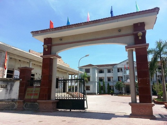 Hà Tĩnh: Chủ tịch xã bị tố vào khách sạn với vợ người khác - anh 1