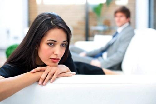 Đàn bà không hơn nhau ở tấm chồng mà là bản lĩnh dám cầm dám bỏ - anh 1