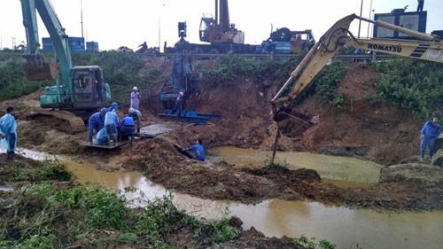 Vỡ đường ống nước sông Đà lần thứ 11 - anh 1