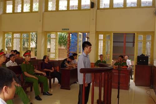 Hung thủ thực sự án oan Nguyễn Thanh Chấn bị tuyên án 12 năm tù - anh 1