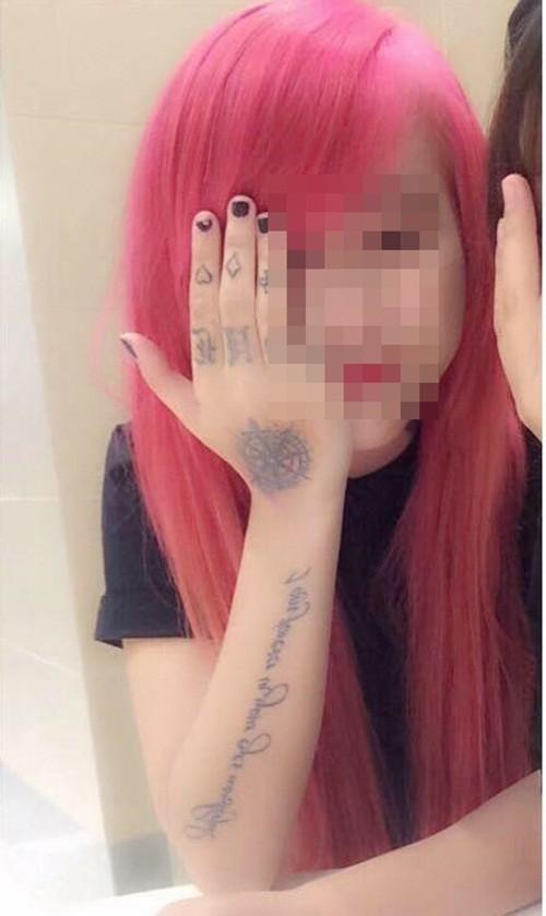 Chân dung hai thiếu nữ gây náo loạn phố đi bộ Nguyễn Huệ - anh 3