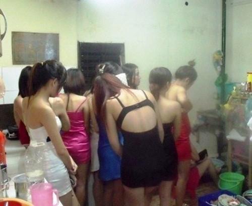 TP.HCM: Triệt phá ổ mại dâm núp bóng tiệm spa - anh 2