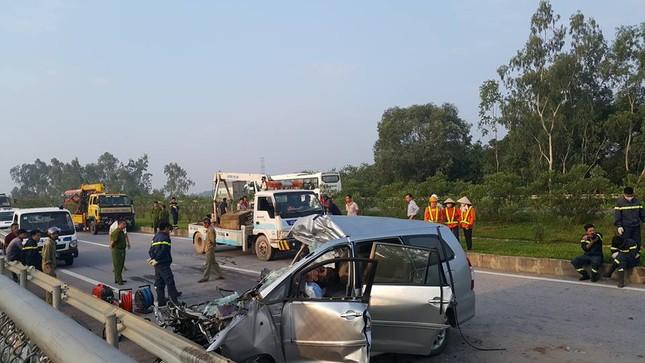 Tai nạn trên cao tốc Hà Nội - Thái Nguyên, 3 người nước ngoài tử vong - anh 1