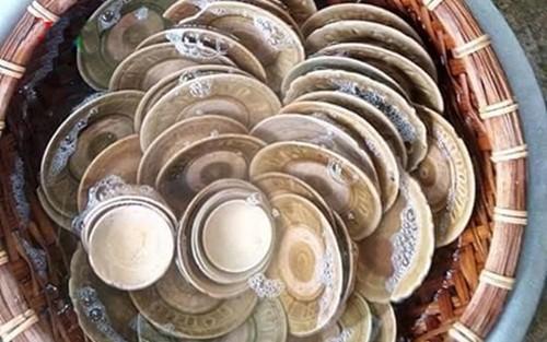 Nghệ An: Phát hiện nhiều bát đĩa cổ khi đào móng làm nhà - anh 2