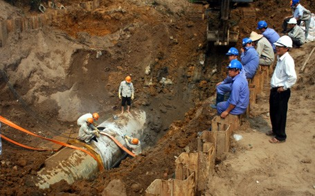 Hà Nội: Xây dựng khẩn cấp thêm một tuyến đường nước sạch sông Đà - anh 1