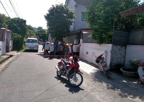 Hà Tĩnh: Mẹ trẻ cùng con trai 2 tuổi chết treo cổ trong phòng ngủ - anh 2