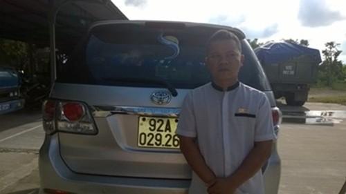 Liên tiếp phát hiện tài xế sử dụng bằng lái xe giả - anh 1