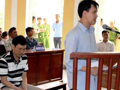 Vụ công an dùng nhục hình ở Sóc Trăng: Toà tuyên án cao nhất 2 năm tù - anh 3