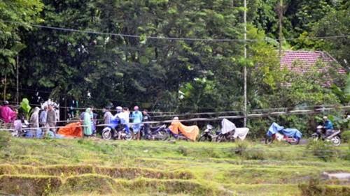 Bốn học sinh chết đuối thương tâm khi tắm sông - anh 2