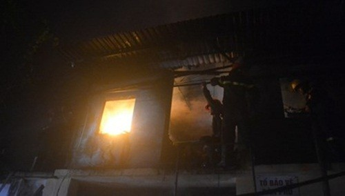 Thanh Hoá: Cháy cơ sở sản xuất hàng mã, thiệt hại gần 1 tỷ đồng - anh 1