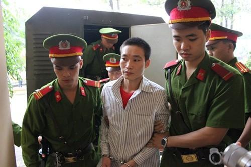 Tuyên án tử hình kẻ giết chết 4 người ở Yên Bái - anh 4