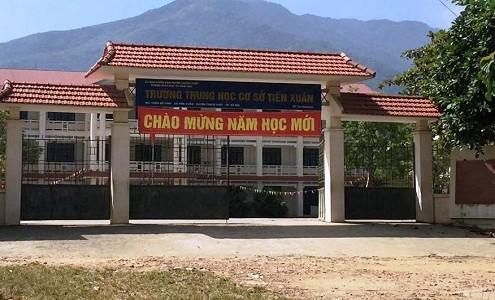 Hà Nội: Hiệu trưởng treo cổ tự tử tại nhà riêng - anh 1