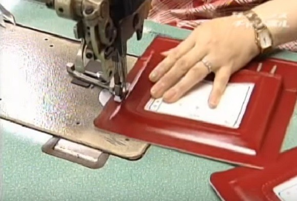 Quy trình làm cặp sách chống gù lưng tại Nhật Bản - anh 6
