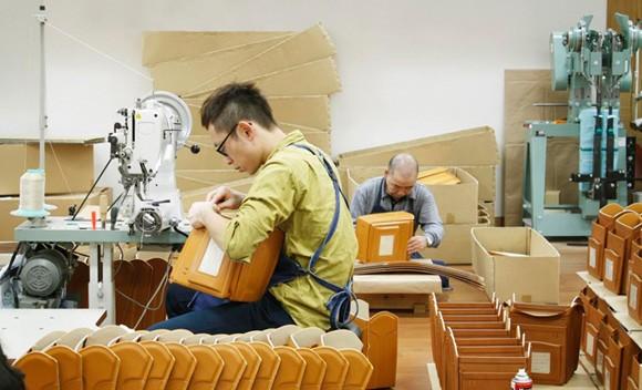 Quy trình làm cặp sách chống gù lưng tại Nhật Bản - anh 8