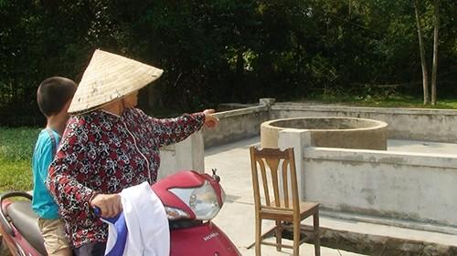 Hà Tĩnh: Mẹ ném con gái 2,5 tháng tuổi xuống giếng - anh 2
