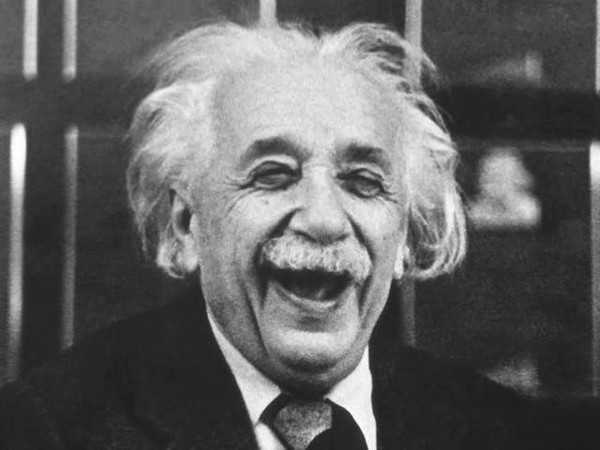 """10 phát ngôn """"để đời"""" về tình yêu, cuộc sống của Albert Einstein - anh 3"""