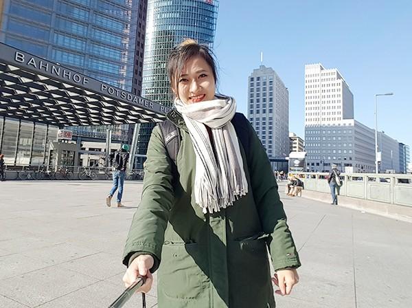 Nữ du học sinh Việt tại Đức vẽ tranh đẹp như họa sĩ - anh 4