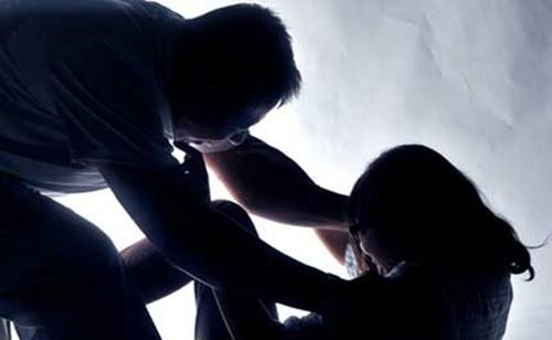 3 thanh niên hãm hiếp thiếu nữ sau tiệc sinh nhật - anh 1