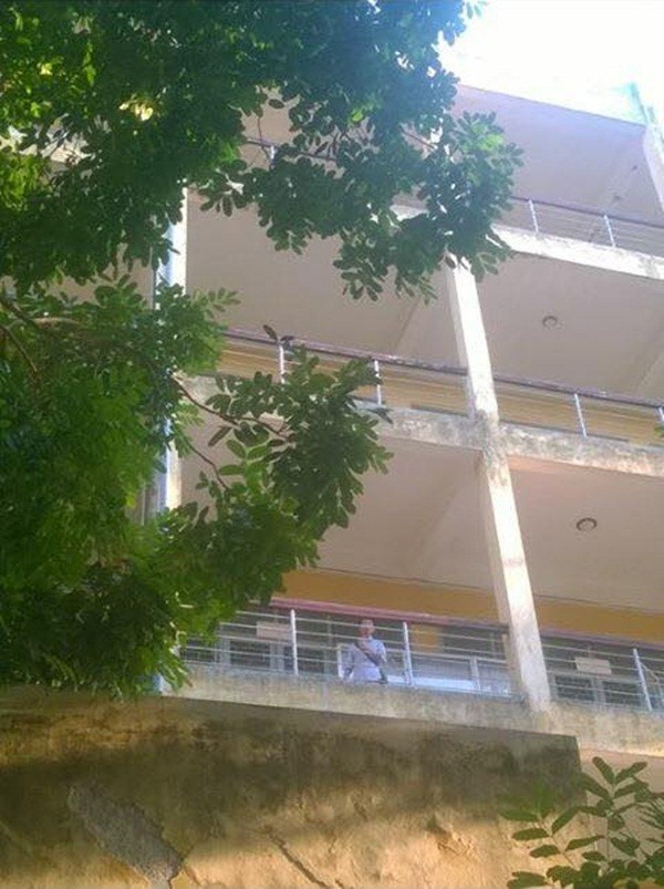 Nam thanh niên nhảy lầu tự tử ở ĐH Bách Khoa Hà Nội - anh 1