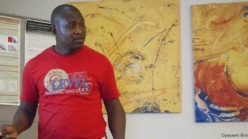 Giáo sư Nigeria giải được bài toán thách thức thế giới 156 năm? - anh 1