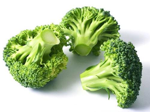 """Điểm mặt 10 thực phẩm """"vàng"""" ngăn ngừa ung thư vú - anh 1"""