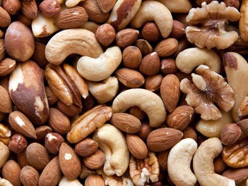 Tăng cường sức đề kháng bằng 8 loại thực phẩm quen thuộc - anh 1