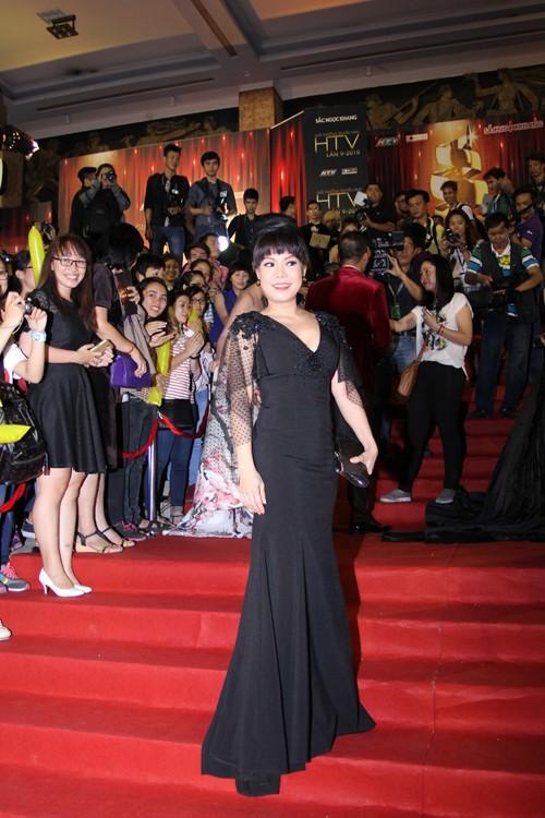 """Tóc Tiên, Minh Hằng rực rỡ """"khoe sắc"""" tại HTV Awards - anh 7"""